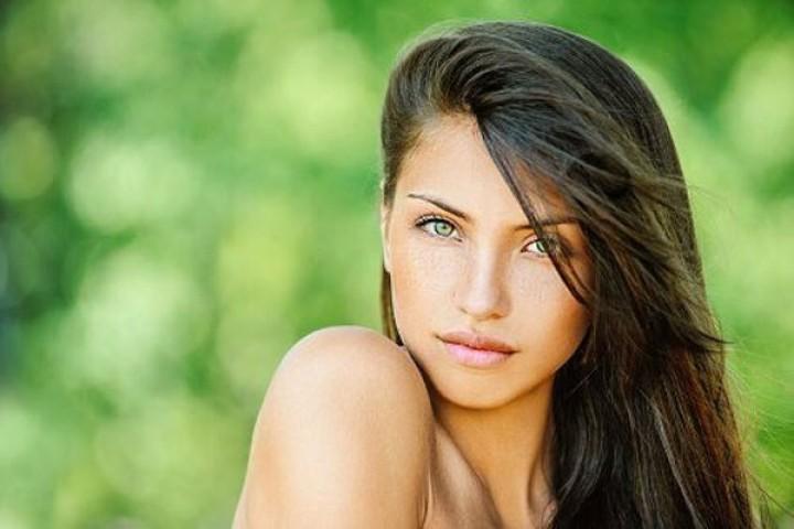 هل انت المرأة المثالية التي يقع في حبّها الرجال؟