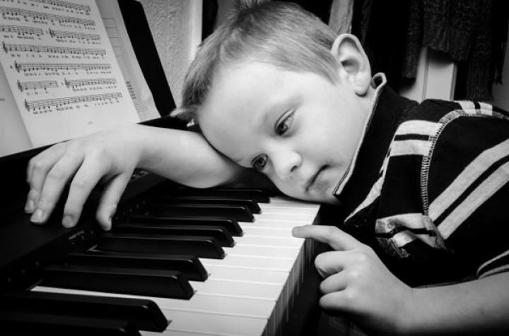 لماذا يحب الناس الأغاني الحزينة؟
