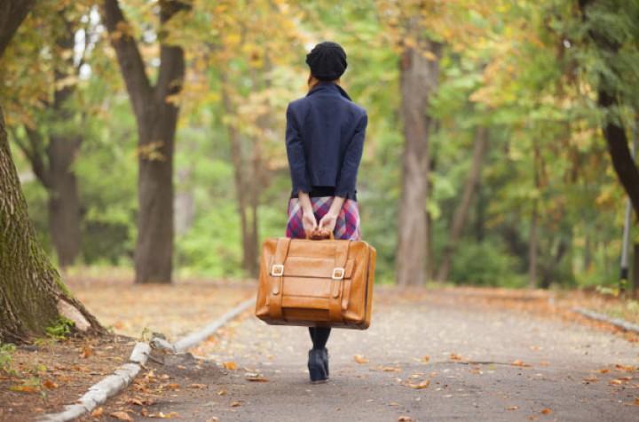 لماذا تهجر النساء في العلاقات العاطفية؟
